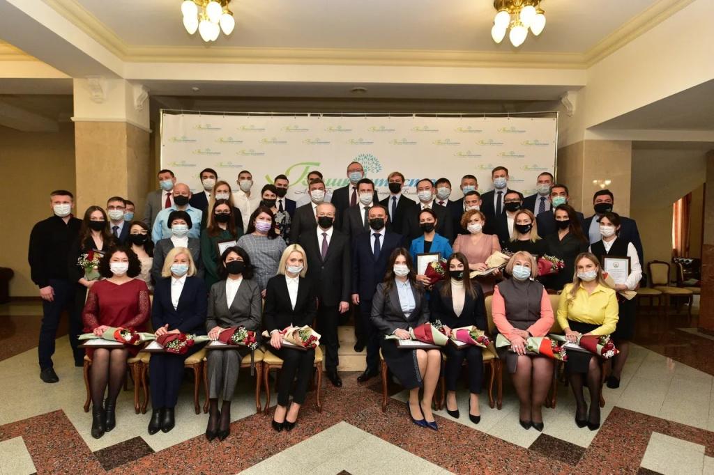 В Башкирии Андрей Назаров наградил активных участников проведения чемпионата WorldSkills Russia