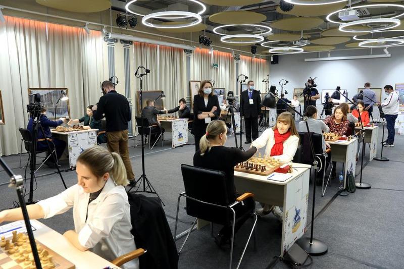 В Уфе сыграны первые партии Суперфиналов чемпионатов России среди мужчин и женщин