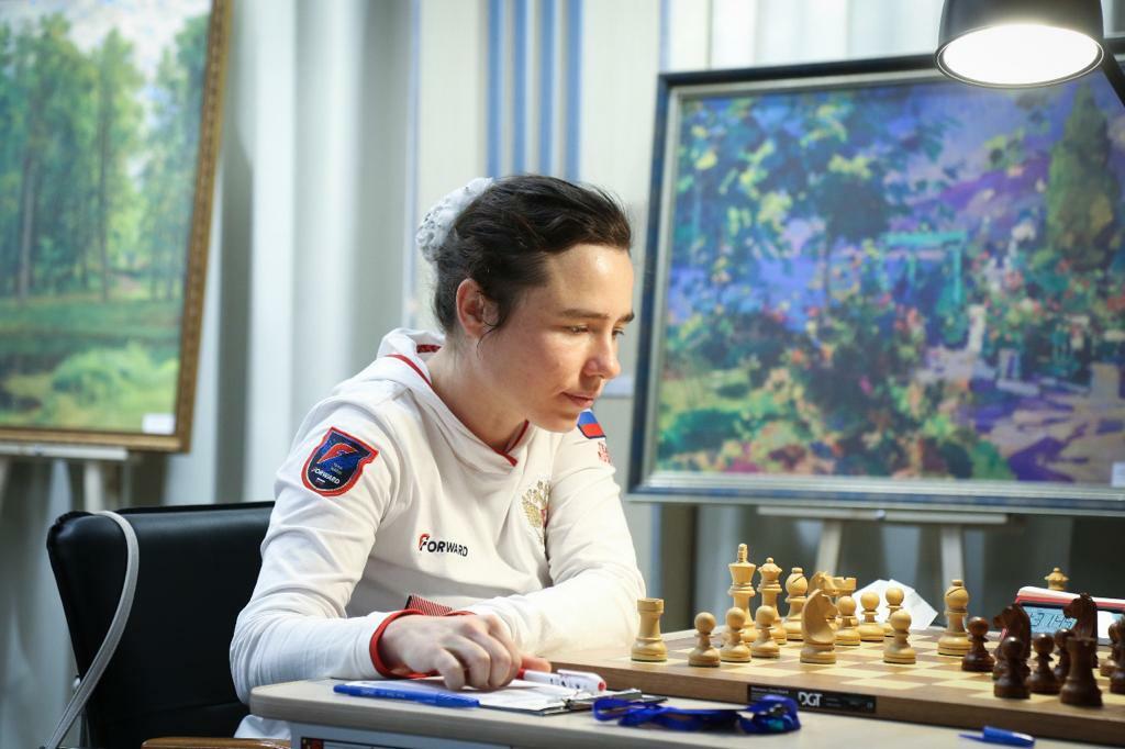 В Уфе сыграны партии шестого тура Суперфиналов чемпионатов России среди мужчин и женщин по шахматам